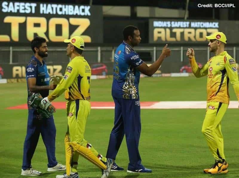 Mumbai Indians (MI) vs Chennai Super Kings (CSK) match IPL 2021 Phase 1 in Delhi.