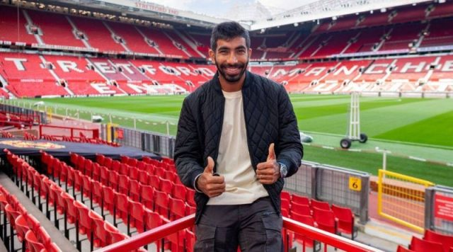 Jasprit Bumrah visits Manchester United's home ground in Old Trafford